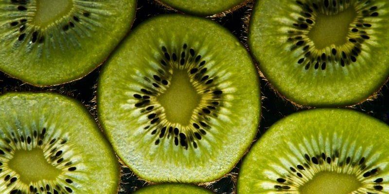 Mengenal Buah Kiwi dan Khasiatnya