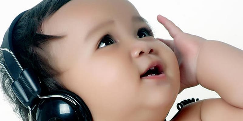 pengaruh musik klasik Pengaruh terapi musik klasik terhadap tingkat kecemasan pada pasien pre operasi di rsup dr soeradji tirtonegoro klaten 3 mei 2009.