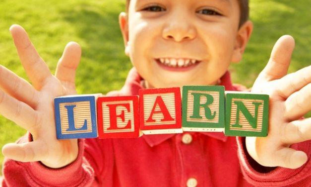 Bagaimana Cara Membantu Anak Disleksia?