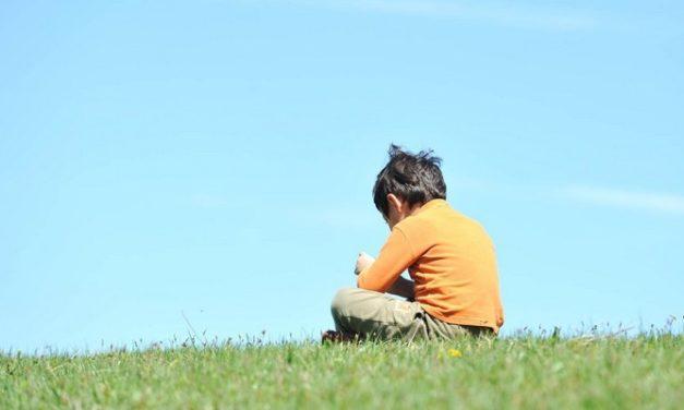 Ciri-Ciri Anak Autis: Tanda-Tanda Awal Autisme