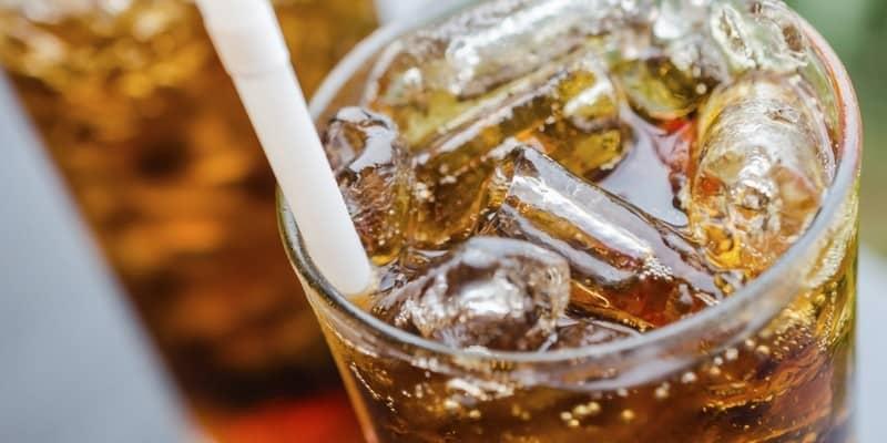 Benarkah Soda Bikin Masalah Kegemukan?