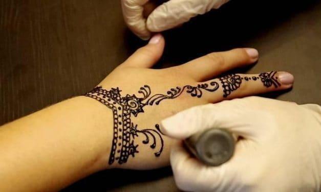 Awas Ada Bahaya Alergi Di Balik Lukisan Cantik Henna Deherba Com