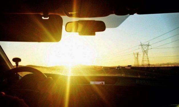 Gangguan Mata Silau: Sakit Mata saat Melihat Cahaya Terang