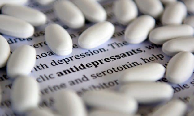 Pertimbangkan 6 Hal Ini Sebelum Anda Mengonsumsi Anti Depresan!