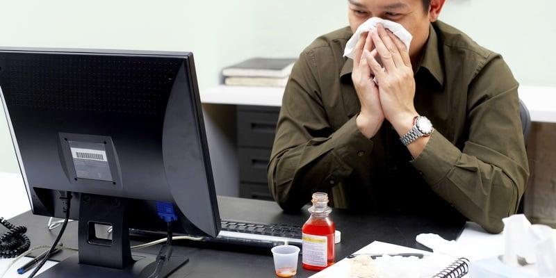 Alasan Kenapa Anda Sebaiknya Izin Tidak Masuk Kerja Ketika Sakit