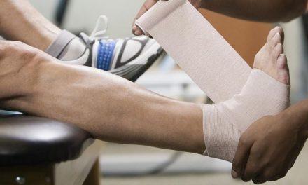 9 Cara Praktis Untuk Mengatasi Kaki Bengkak Akibat Cedera
