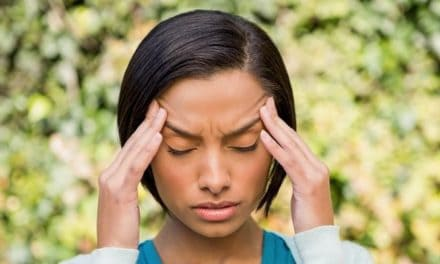 8 Cara Efektif Mengobati Sakit Kepala Tegang Akibat Stres