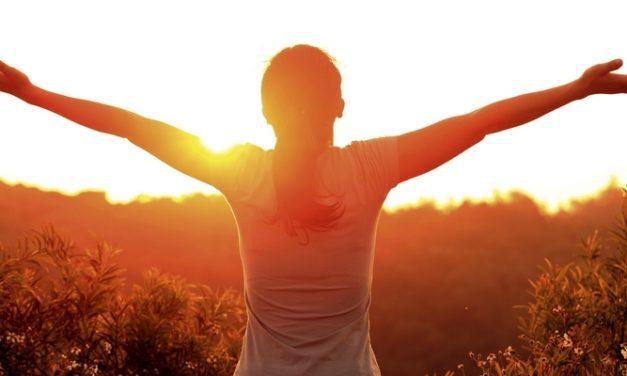 Lenyapkan Bad Mood dengan 8 Mood Booster Alami Ini