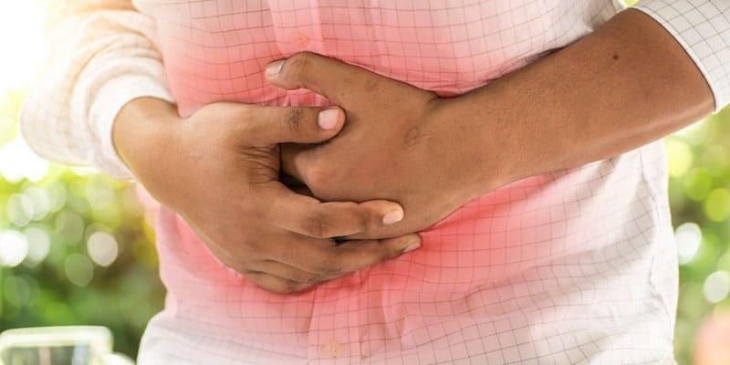 nyeri atau perih di perut gejala tukak lambung