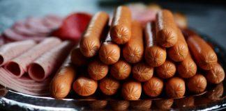 ilustrasi makanan penyebab kanker usus