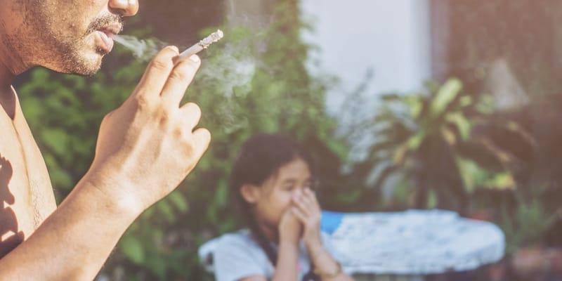 perokok pasif berisiko terkena kanker paru-paru dan penyakit lainnya