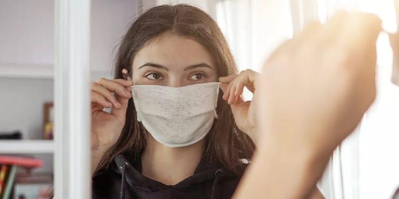 Tips Aman Memakai Masker