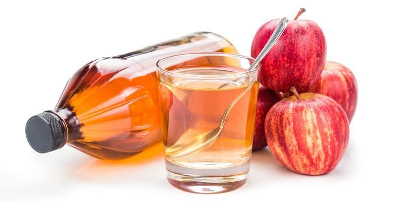 Ilustrasi Cuka Apel untuk Obat Jerawat Alami di Apotik